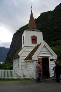 Очередная дощатая церковь