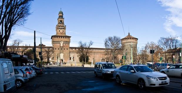 Замок Сфорцеско