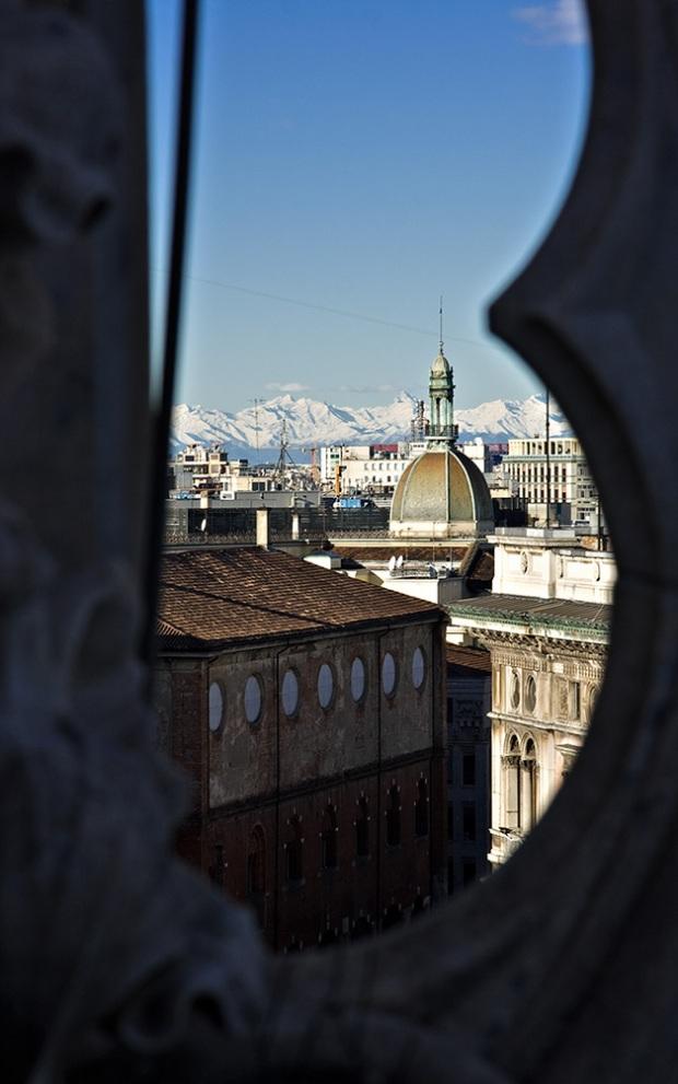 Вид на Милан