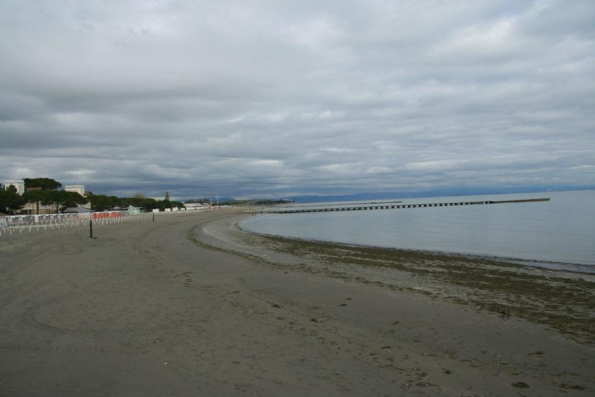 Пляж в Градо