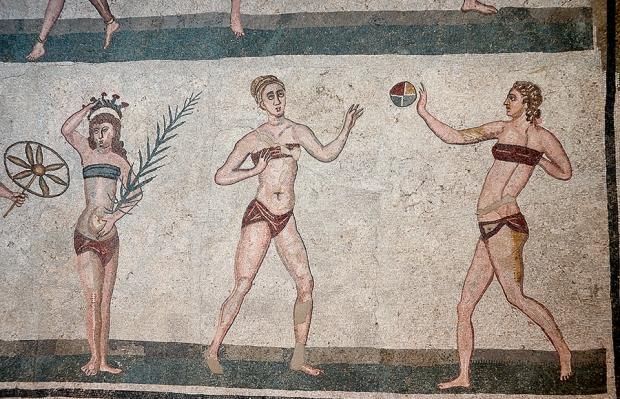 Мозаики Виллы Казале. Девушки в бикини